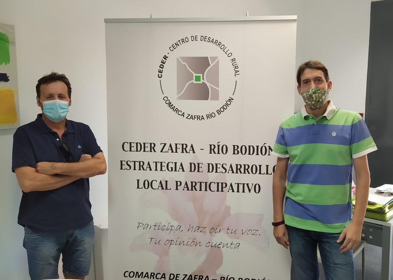 La Coooperativa Santísimo Cristo del Humilladero presenta al CEDER Zafra-Río Bodión su nueva página web